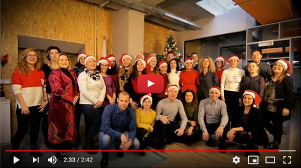 World Vision Albania – Tungjatjeta! World Vision ju uron Gëzuar Festat!